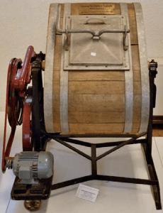 Jedna z prvých práčok s elektrickým pohonom