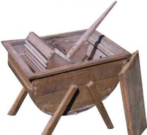Valchová práčka z 19. storočia